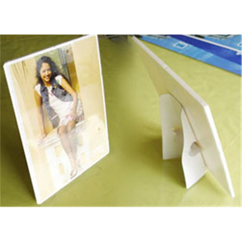 A4KT板+紙背架 10元/张
