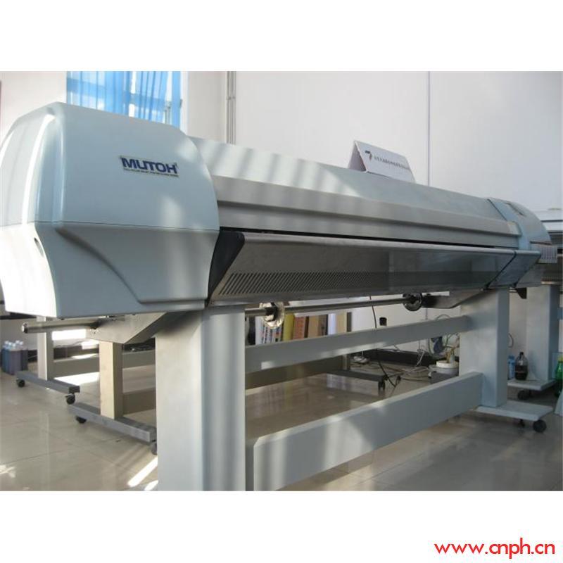 武藤RJ-8000写真机,具有精度高、速度快、色彩还原性好等特点。